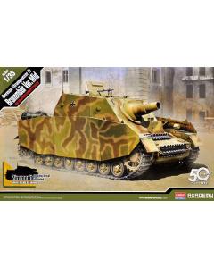 1/35  Sturmpanzer  IV  Brummbaer (ACA13525)