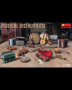 1/35 Musical Instruments (MIT35622)