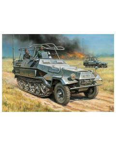 1/35 Sd.Kfz.251/3 Ausf.B Radio Car (ZVE3604)