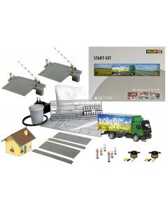 H0 Car Systeem: Startset Spoorwegovergang een vrachtwagen Faller 161519